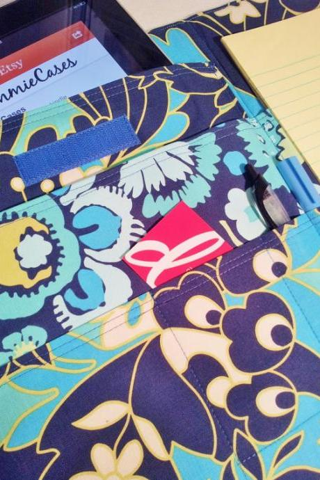 Fabric portfolio list organizer in Daisy Chain Wildflowers Navy by Amy Butler