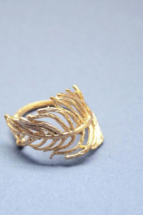 Feather Adjustable Ring-Gold