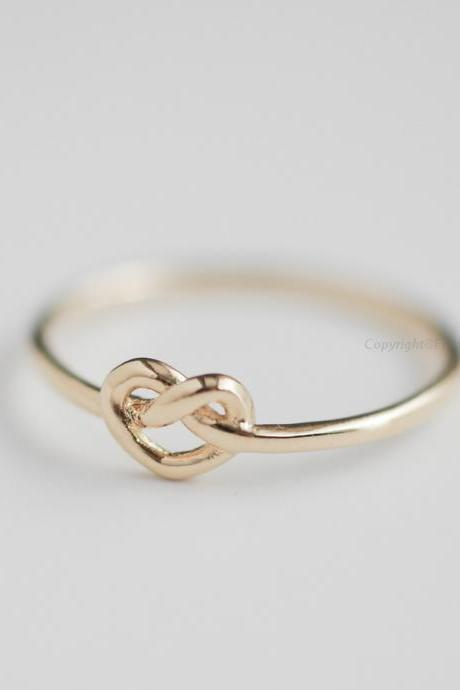 US 7 Size-Infinity heart Knot Ring in gold