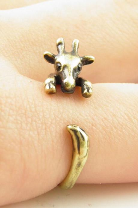 Gold Giraffe Animal Wrap Ring