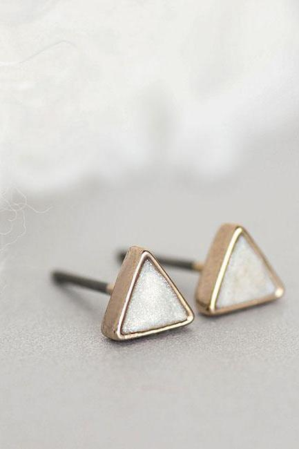 Mini Pearly White Triangle Stud Earrings, Creamy White Ear Posts, Geometric Inspired