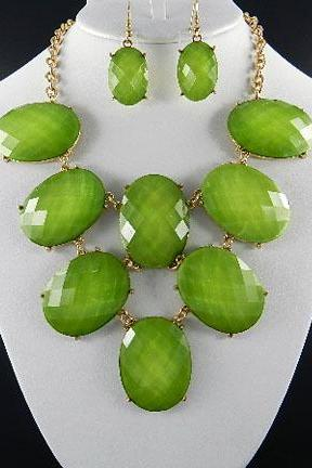 Green Oval Stone Necklace and Earring Set