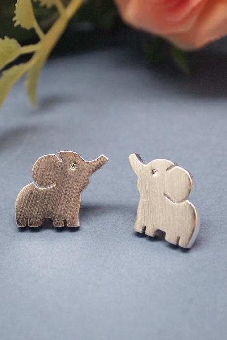 "Baby ""Elephant"" Post Earring in silver"