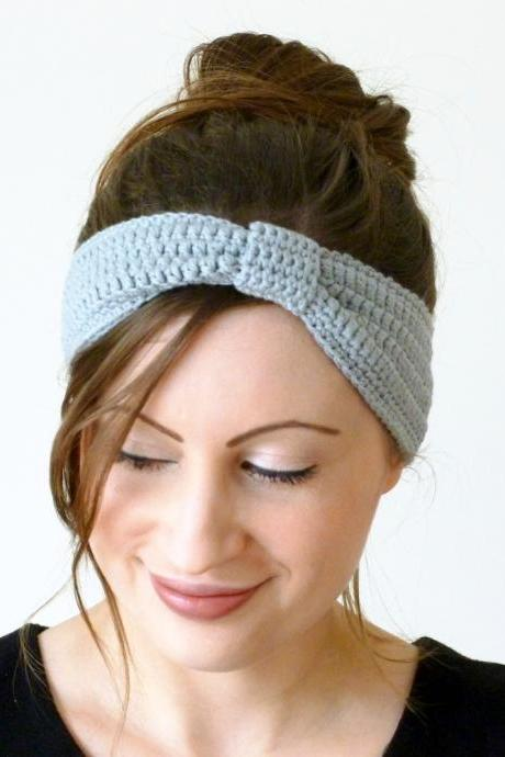 Crochet turban headband in light grey / gray