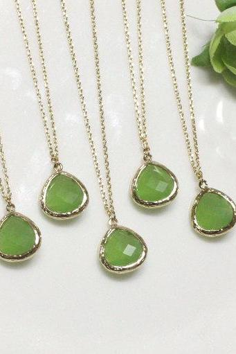 Bridesmaid gifts - Set of 5 - green pendant necklace, apple green, stone in bezel