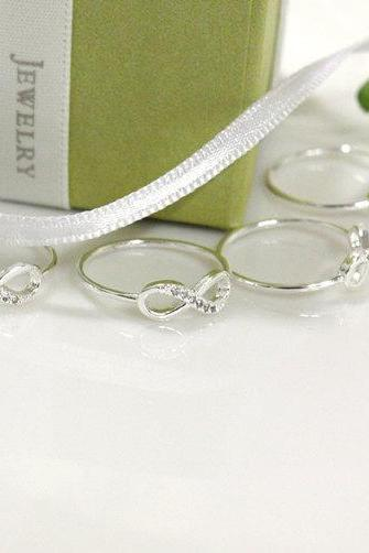 Bridesmaid gifts - Set of 5 - Infinity simple ring in silver