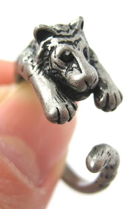Realistic Tiger Animal Wrap Around Hug Ring in Silver - Sizes 4 to 9