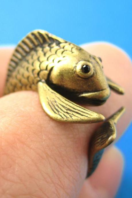 Realistic Fish Animal Pet Wrap Around Hug Ring in Brass - Sizes 4 to 9