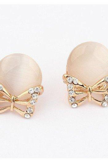 fashion Sweet Kitty exquisite Rhinestone studded Bow Earrings