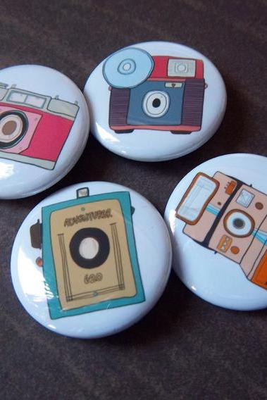 Retro Camera 4 Pack - 1 1/4 Inch Buttons