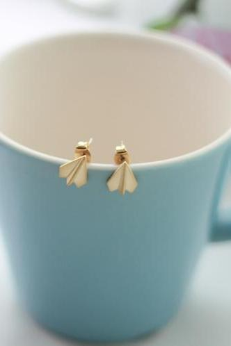 Origami paper plane Earrings in gold