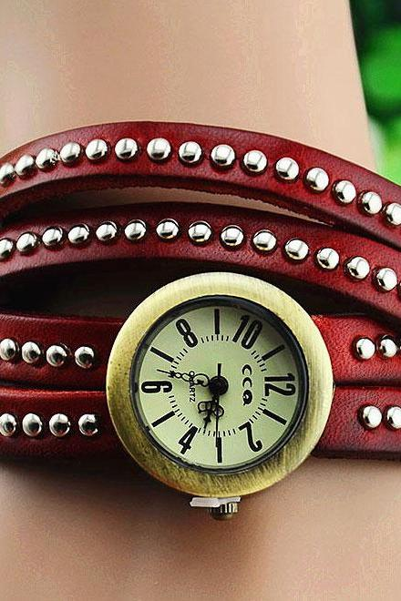 Fashion punk rivet leather bracelet Watch-red